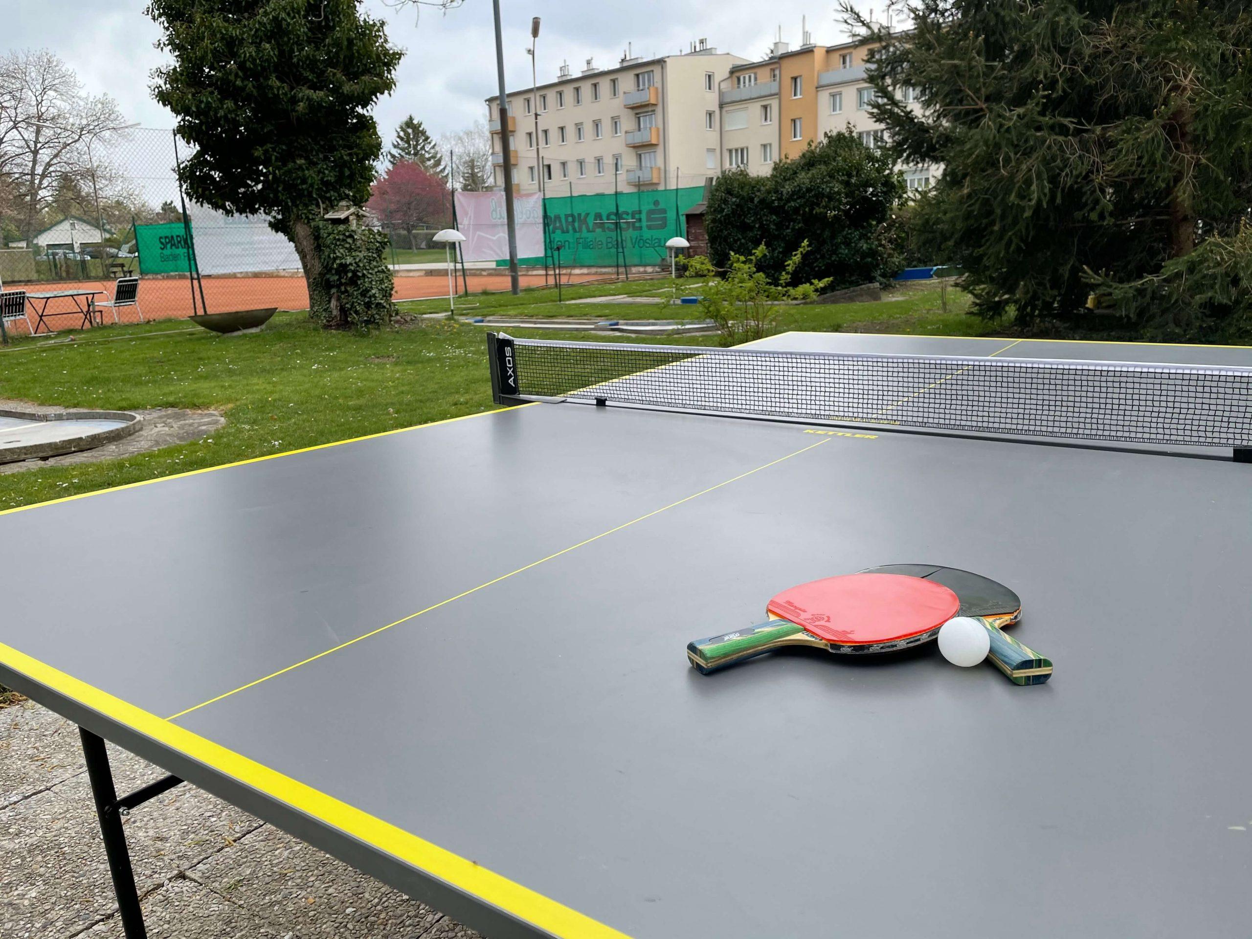 Chris-Corner-Tischtennis